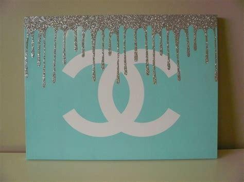 gift room decor