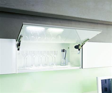 Ikea Küche Mit Elektrogeräten by Alten Fliesenspiegel Verdecken