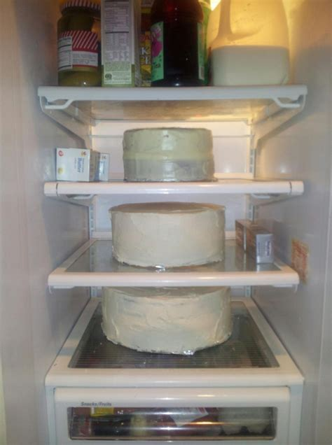 Fondant Shelf by Fondant The Cake Dealer