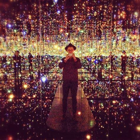 mirrored room new yayoi kusama infinity room at david zwirner in new york