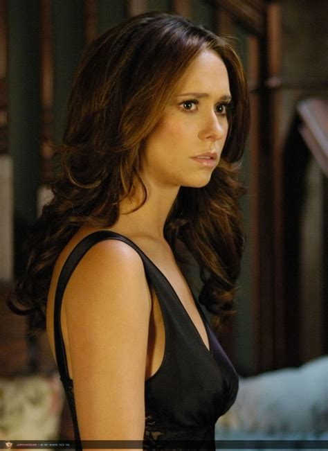melinda gorton hair color jennifer love hewitt ghost whisperer gif