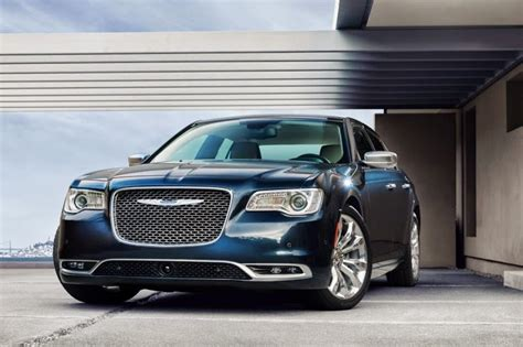 Chrysler 300 Fuel Consumption Chrysler 300 Reviews Features Fuel Economy Price