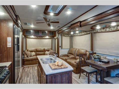 Montana High Country Fifth Wheel   RV Sales   19 Floorplans
