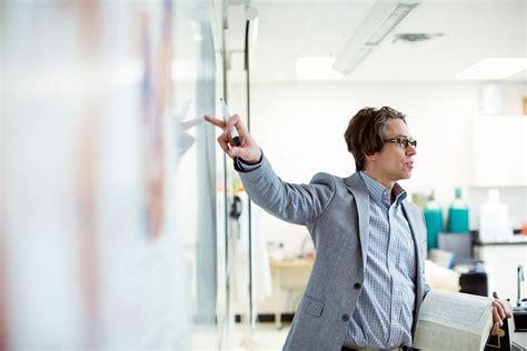 preguntas frecuentes en una entrevista para recepcionista preguntas para entrevista de trabajo a un profesor el