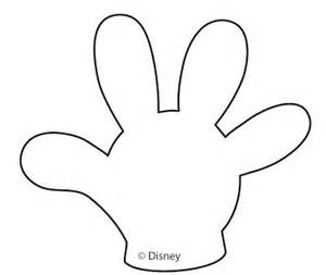 Mickey Mouse Glove Template by Mickey Mouse Or Gloves Templates Wreath