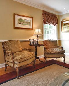 2 tone living room walls 1000 images about livingroom ideas on two tone walls exterior paint color