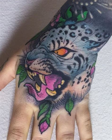tattoo on hand swelling 1000 images about tattoos on pinterest garden tattoos