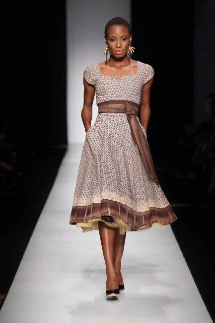 seshoeshoe fashion dresses indigo neckline and brown on pinterest
