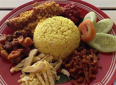 membuat nasi kuning kukus resep membuat nasi kuning spesial resepkoki co
