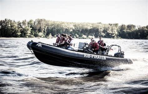 speedboot fahren in hamburg als geschenk mydays - Speedboot Warnemünde