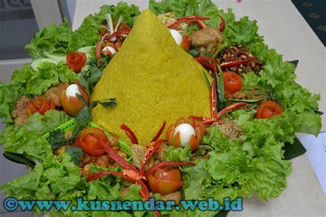 resep membuat nasi tumpeng  acara resmi kusnendar