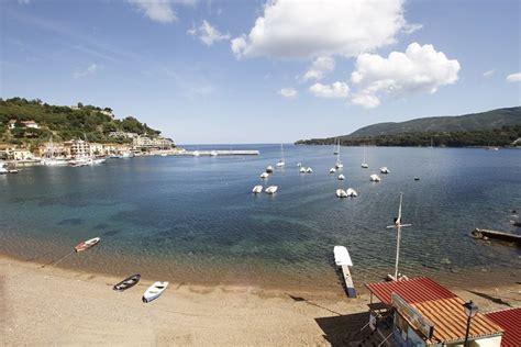 hotel isola d elba porto azzurro guida turistica vacanze porto azzurro isola d elba