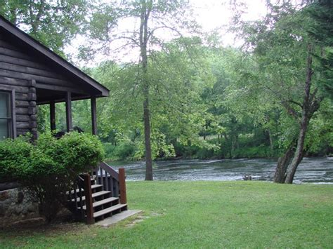 Hiwassee River Cabins by Enjoy A Vacation On The Hiwassee River With This Awesome