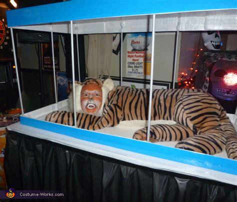 tiger   cage creative halloween costume easy diy