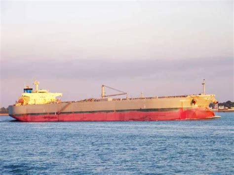 shipping to pakistan south africa seizes pakistani ship over unpaid dues