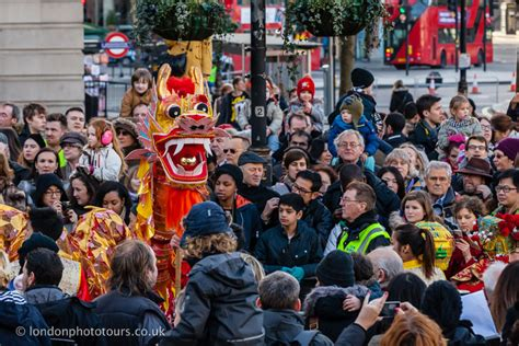 new year uk 2016 new year 2016 in parades floats and