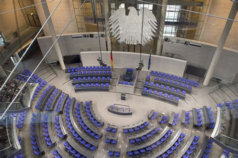 bundestagswahl wann ist die nächste bundestagswahl 2017 so w 228 hlt deutschland den bundeskanzler
