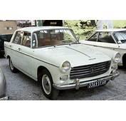 Motoring In Australia Peugeot 404/BMC Farina  1960