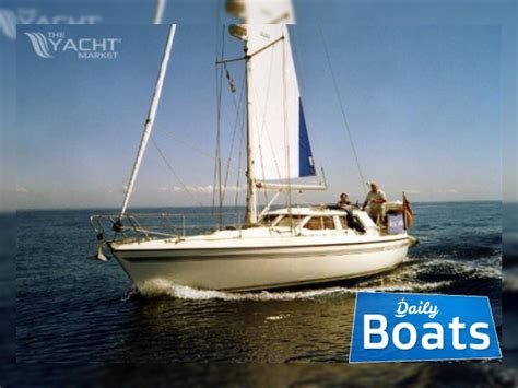 Moody For Sale by Moody Eclipse 33 For Sale Daily Boats Buy Review