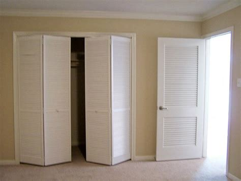 Louver Doors For Closets Louvered Closet Doors Image Interior Exterior Homie How To Hang Louvered Closet Doors