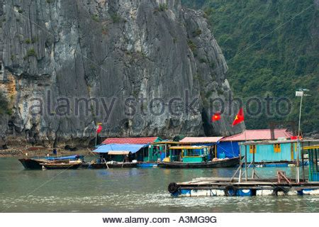 houseboat vietnam vietnam hanoi house boats on the red river song hong with