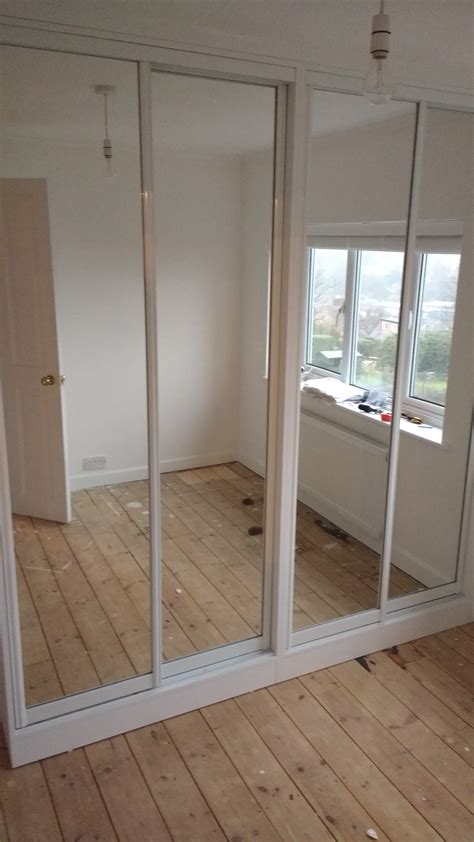Diy Sliding Wardrobe by Sliding Doors Diy Wardrobes Information Centre