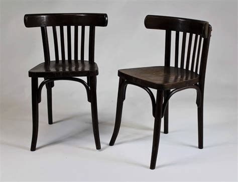Thonet Bistro Chair Set Of Six Bentwood Bistro Chairs 1950s Ton Thonet At 1stdibs