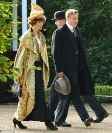 hairstyles and clothes from mr selfridge katherine kelly hides baby bump in period costume as she