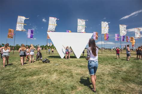 wayhome teases 2016 lineup with 360