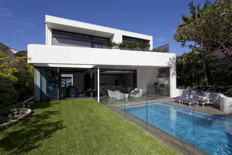modern house backyard contemporary home z house bellevue hill keribrownhomes