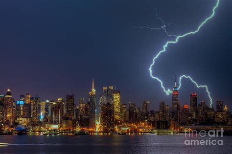 Home Decor New York City by Lightning Over New York City Vii Photograph By Clarence Holmes