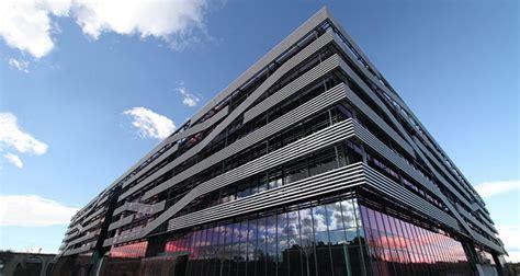 vodafone sede centrale airlan climatiza la nueva sede central de vodafone en