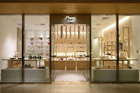 the japanese design store with the cult following expands in l a japanese craft objects store your no 1 source of