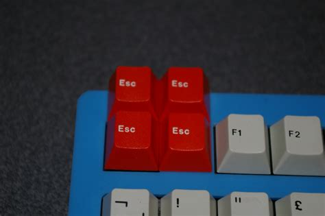 spray painting keycaps which ral color matches the cherry corp escape keycap