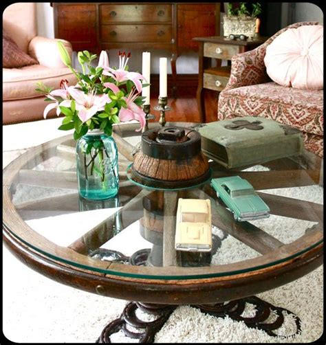 Wagon Wheel Coffee Table When Harry Met Sally 17 Best Ideas About Wagon Wheel Table On Pinterest Wagon Wheel Decor Milk Can Table And