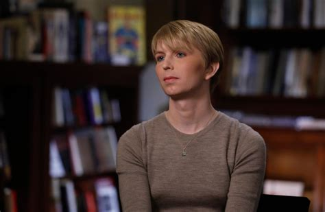 chelsea menang chelsea manning says she has been denied entry to canada