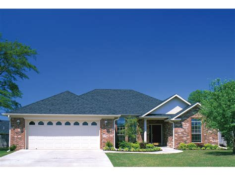 hip roof ranch house plans augusta hill traditional home plan 055d 0034 house plans