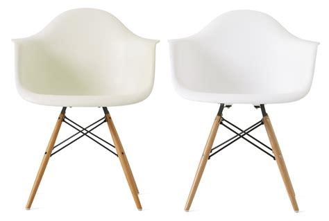 Charles Eames Armchair Plastic Armchair Le Sedie In Plastica Di Charles Eames