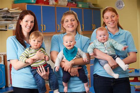 child care worker description