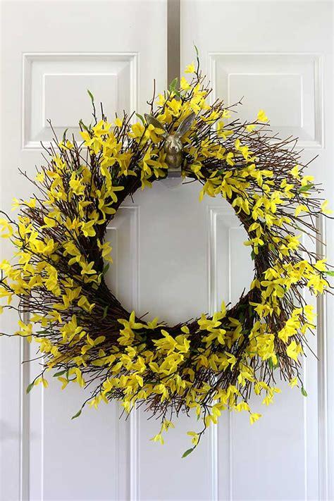 forsythia wreath tutorial forsythia wreath wreaths and easy easy to make fall grapevine wreath house of hawthornes