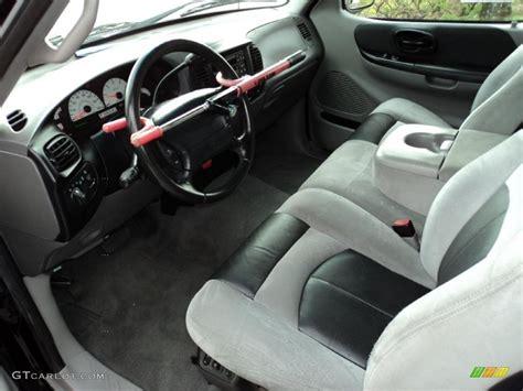Svt Lightning Interior by Lightning Graphite Black Interior 2001 Ford F150 Svt