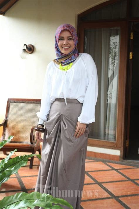 tutorial berhijab ala dewi sandra 10 hijab cantik ala dewi sandra killick tutorial