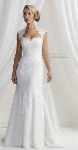 wedding dresses for short curvy brides   Google Search