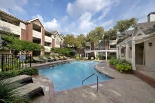 Greenbriar Apartments Houston Price Gables Citywalk Waterford Square At 2828 Greenbriar
