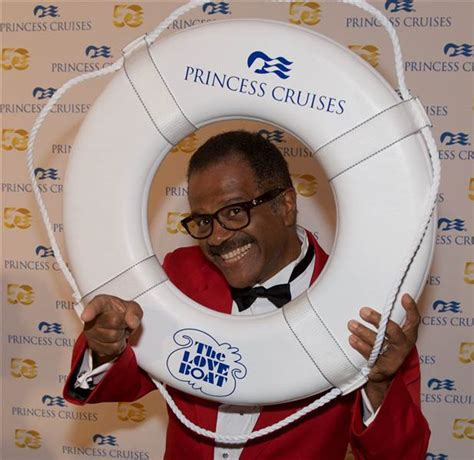 isaac love boat pointing love boat cast sails again dishes on kissing and more