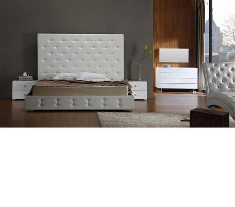 dreamfurniture com 200300q stuart contemporary platform dreamfurniture com elbrus white modern leather