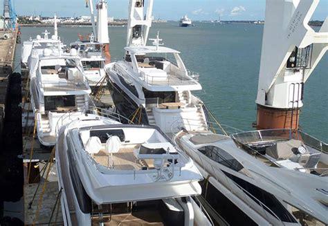 yacht transport boat boat transport guide boats