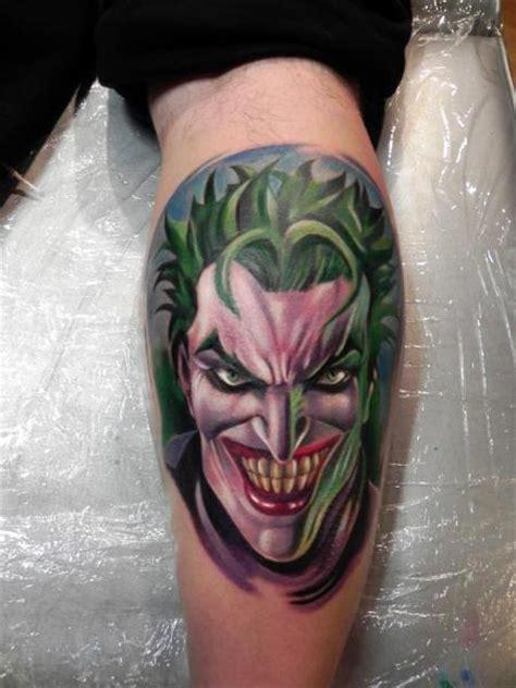 tattoo old school joker tatuaż fantasy łydka joker przez rock ink