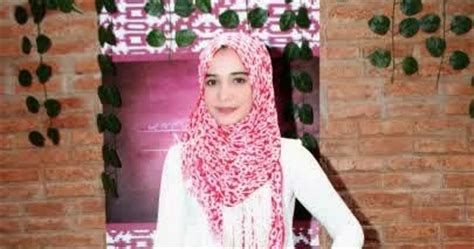 tutorial make up pengantin pria gaya hijab elegan ala artis zaskia sungkar model gaya