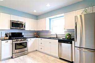 White Kitchen Cabinets With Stainless Steel Appliances Simple Amp Sweet Dave Fox
